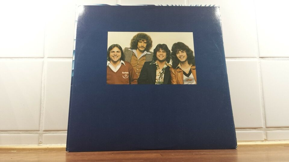 LP, Pablo Cruise, Worlds Away