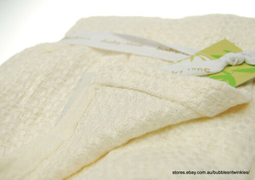 Throw /'Perlimpinpin/' Brand Soft /& Light 92x92cm Baby BAMBOO Knitted Blanket