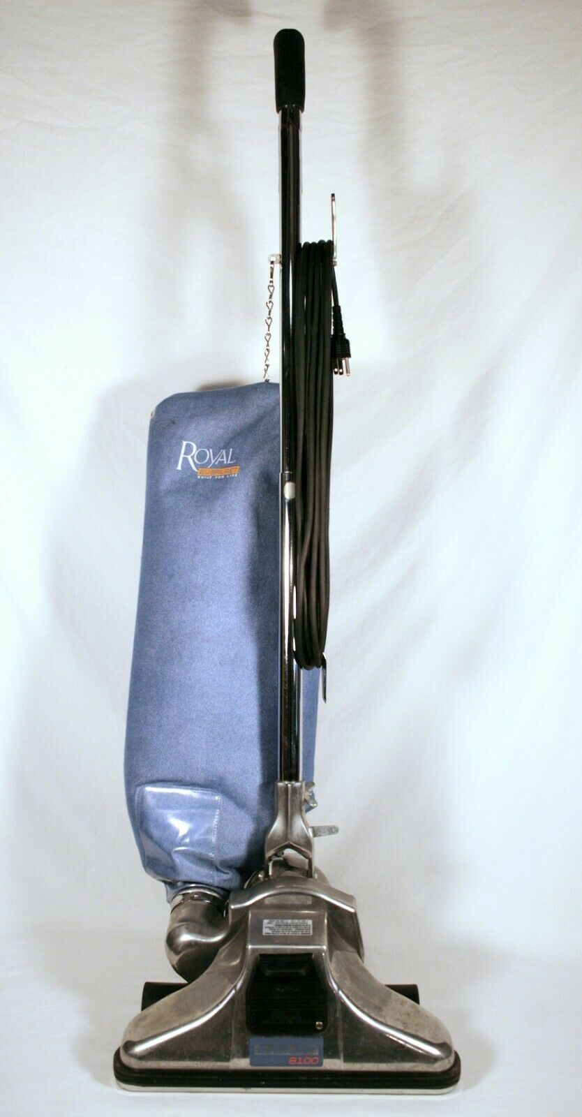 ROYAL Everlast 8100 Commercial Quality Upright Vacuum Cleaner + NEW Bag