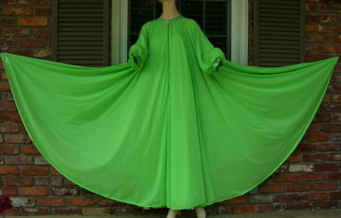 """Vintage LUCIE ANN 306"""" Sweep Dressing Gown or Pei… - image 4"""