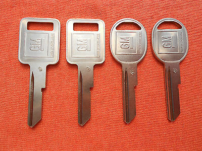 "4 NEW GM LOGO ""J"" IGNITION ""K"" DOOR TRUNK OEM KEY BLANKS 320470 - 320471"