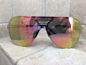 Quay-Australia-Sunglasses-Showtime-Black-Pink-NWT-Incl-Soft-Case