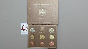 coffret-BU-VATICAN-2011-8-pieces-3-88-EURO-Vaticano-Vatikan-Watykan