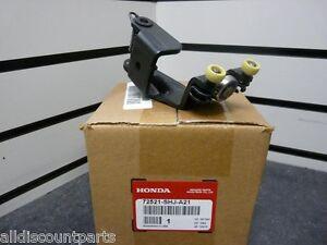 05 10 Honda Odyssey Right Rear Center Door Roller New