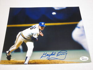 Gaylord Perry Seattle Mariners Signed Auto Autographed 8x10 JSA