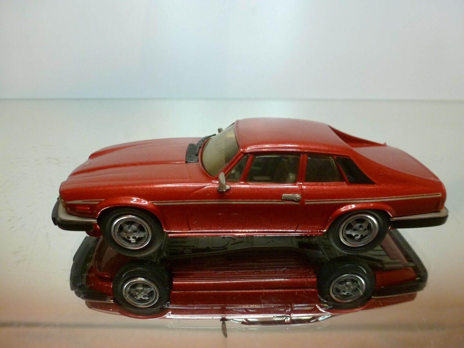 WESTERN MODELS JAGUAR XJS V12 1987    - RED MET 1 43 - EXCELLENT CONDITION - 3+23 a70d7c