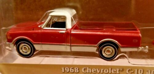 Greenlight Hitch /& Tow 1968 Chevy C-10 and Airstream 16/' Bambi 1:64 Series 6 LE