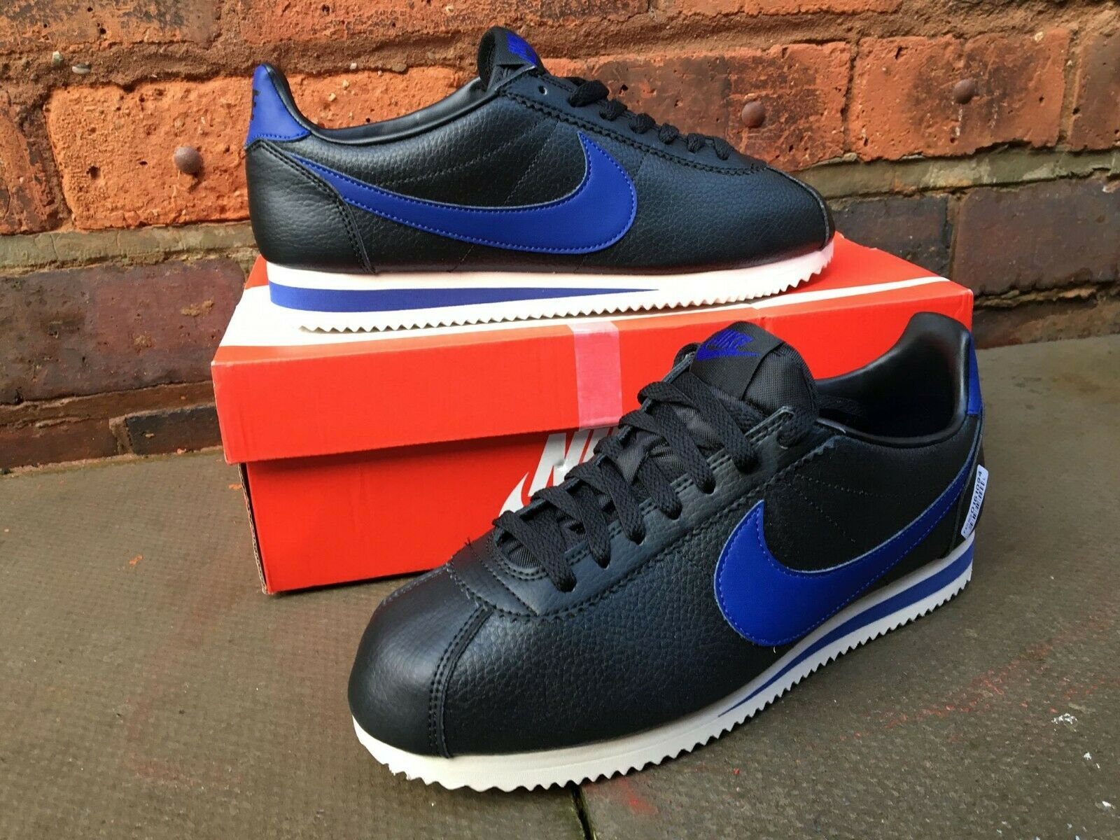 NIKE CLASSIC CORTEZ LEATHER Talla UE 42.5 45 Negro Nuevo 100% authentice