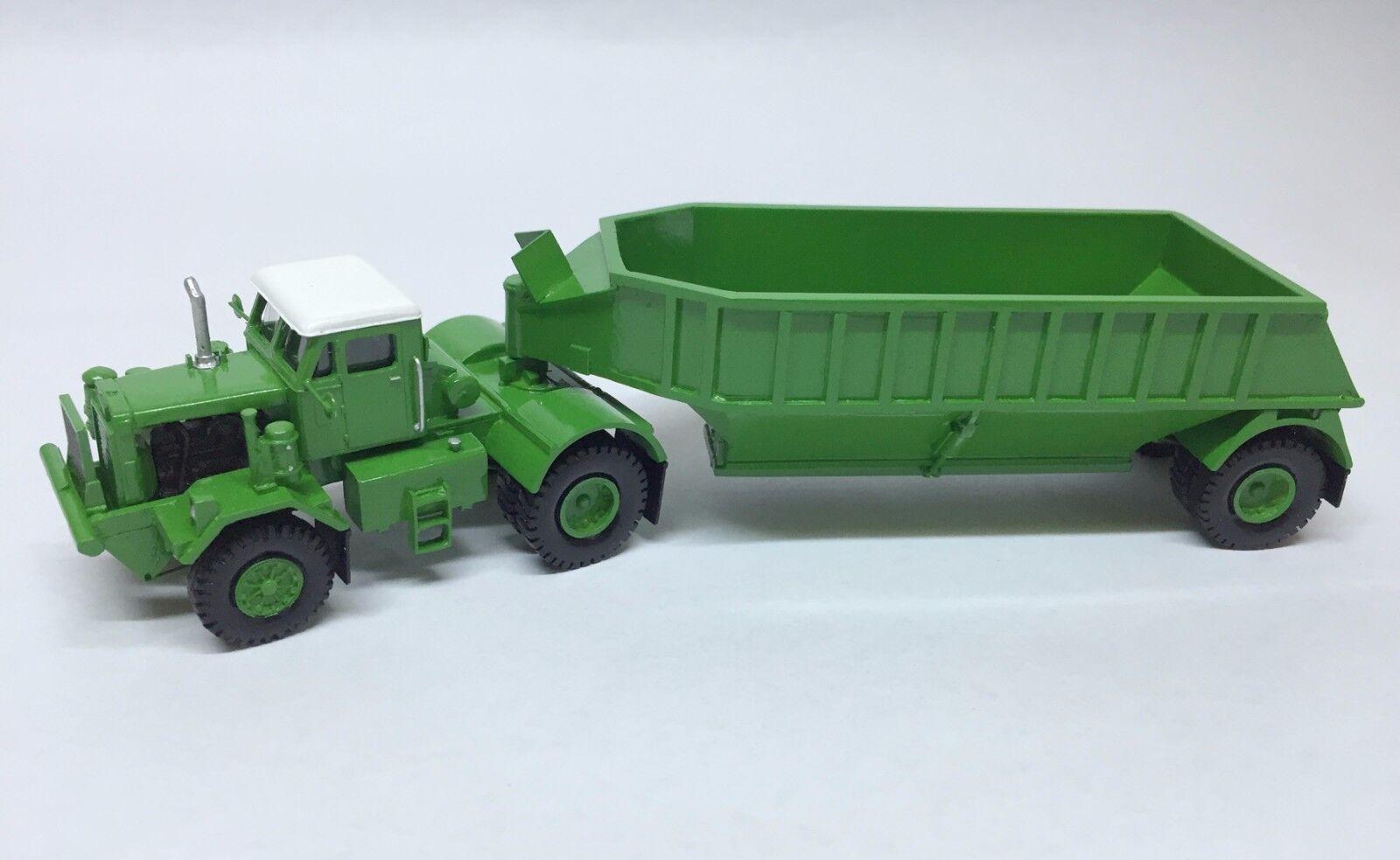 Ho 1   87 kW Dart 50 BDT   remolque de fondo - verde - modelo de resina disponible