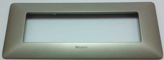 BTICINO MATIX AM4806MTA PLACCA 6 MODULI TITANIUM