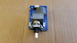 NAD 712 receiver volume control assembly