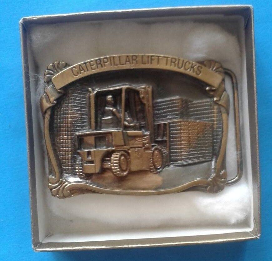 -RARE- Caterpillar Tractor Caterpillar Lift Trucks Vintage Belt Buckle NEW 1988