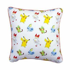 Pikachu-Coussin-Carre-Design-Reversible-Pokemon-Jump-Grookey-Scorbunny-Sobble