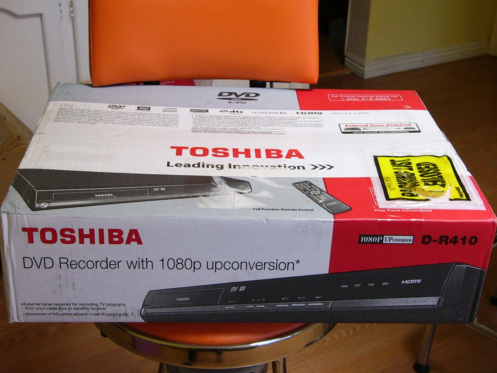 Toshiba freeview tv dvd harddrive recorder & player with remote.