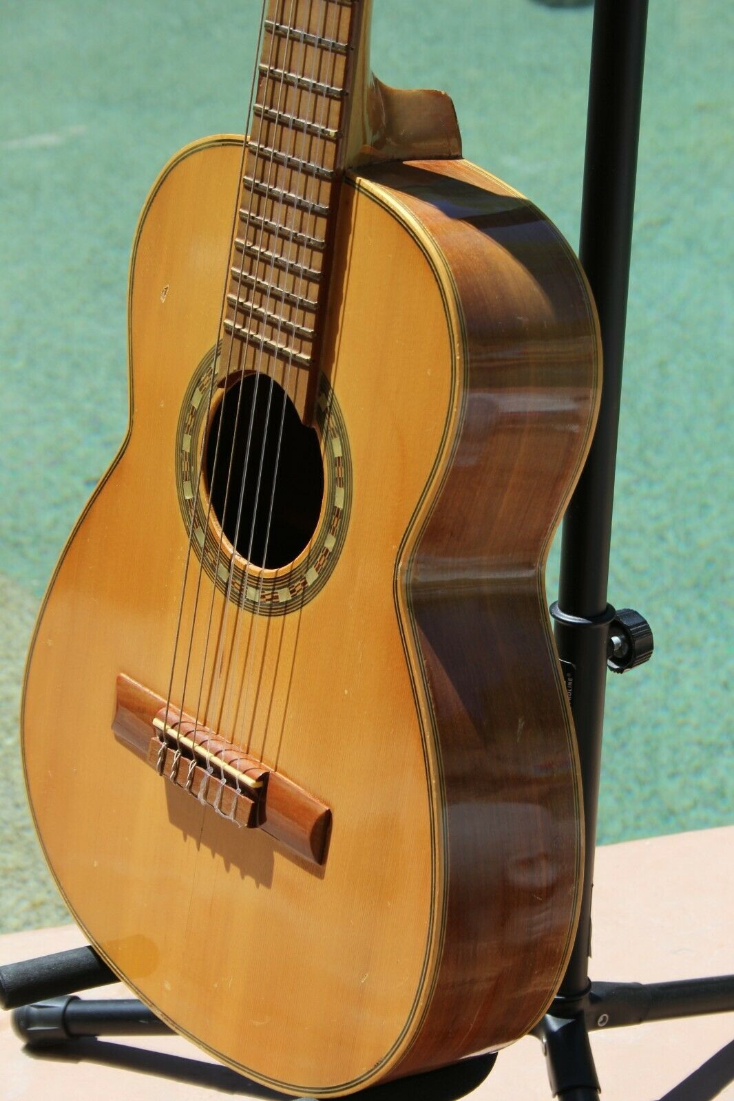 s l1600 - VINTAGE ACOUSTIC  GUITAR MADE IN VALENCIA SPAIN