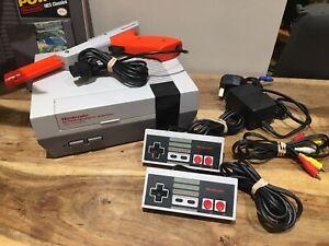 Nintendo NES Refurbished Multiregional . Teenage Mutant Ninja Turtles Included.