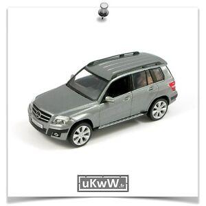 Schuco-1-43-Mercedes-GLK-2008-gris-metallise