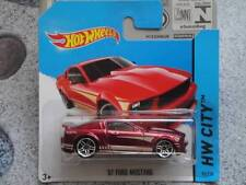 Hot Wheels 2014 #095/250 2007 FORD MUSTANG red HW CITY
