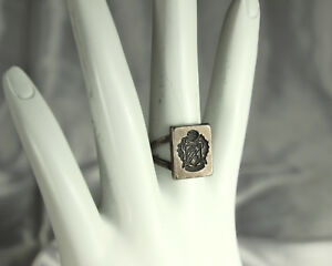 DELTA-THETA-TAU-Ring-1920s-Signet-STERLING-Intaglio-Crest-SEAL-Adjustable-RARE