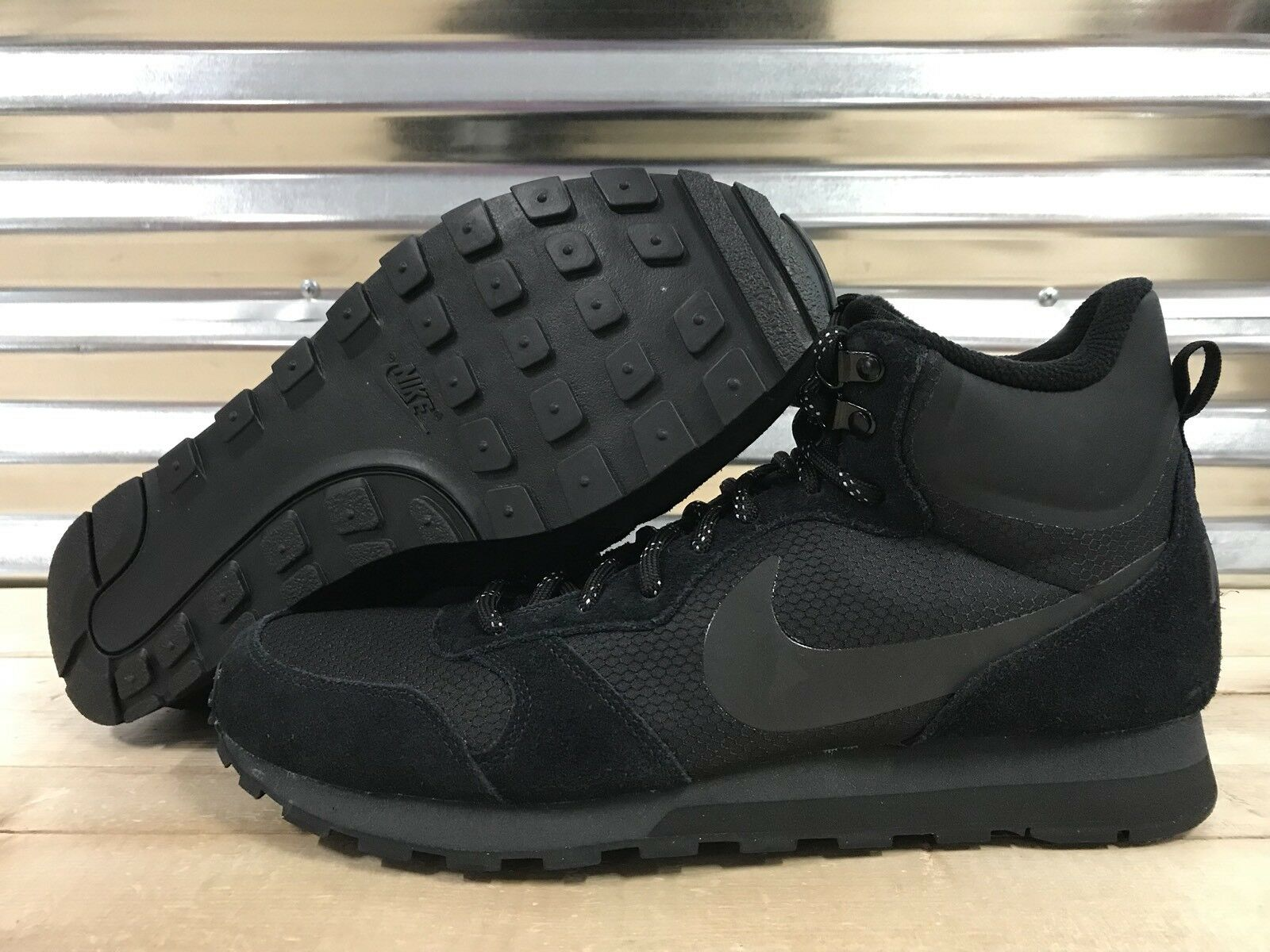 Nike MD Runner 2 Mid PRemium Shoes Sneakerboots Black Out Price reduction  Special limited time