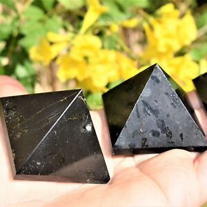 1-Charged-2-034-50mm-Black-Tourmaline-Pyramid-Crystal-Healing-Energy-106g