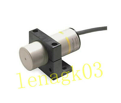 Original Capacitive proximity switch E2K-X8MY2 #n4650