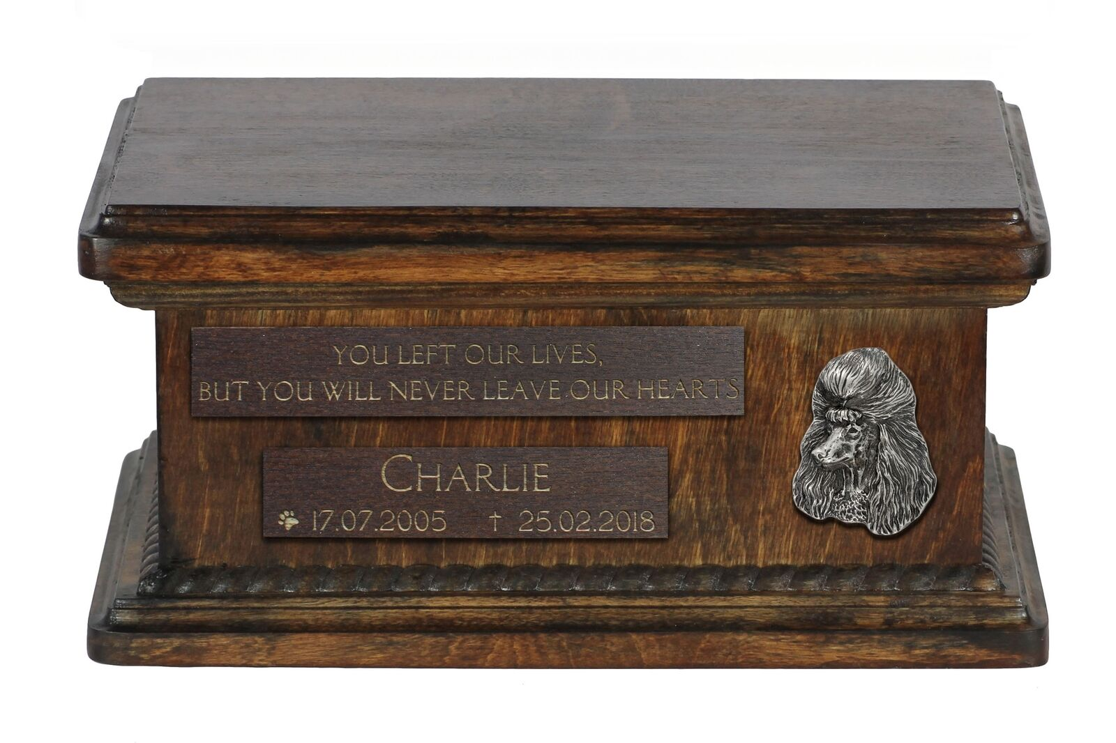 presa Poodle - wooden urn for dog's ashes, low low low model, Art Dog  ordina adesso