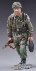 THOMAS GUNN WW2 GERMAN FALLSCHIRMJAGER FJ017B RUNNING WITH RIFLE & MINE MIB