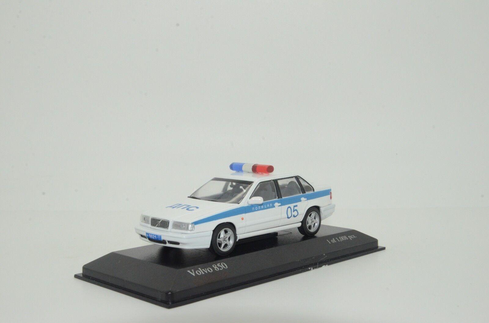 rara    Volvo 850 policía rusa Hecho a Medida 1 43