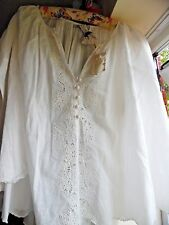 Mes Demoiselles - Ecru Cotton loose broderie anglaise blouse - one size - label