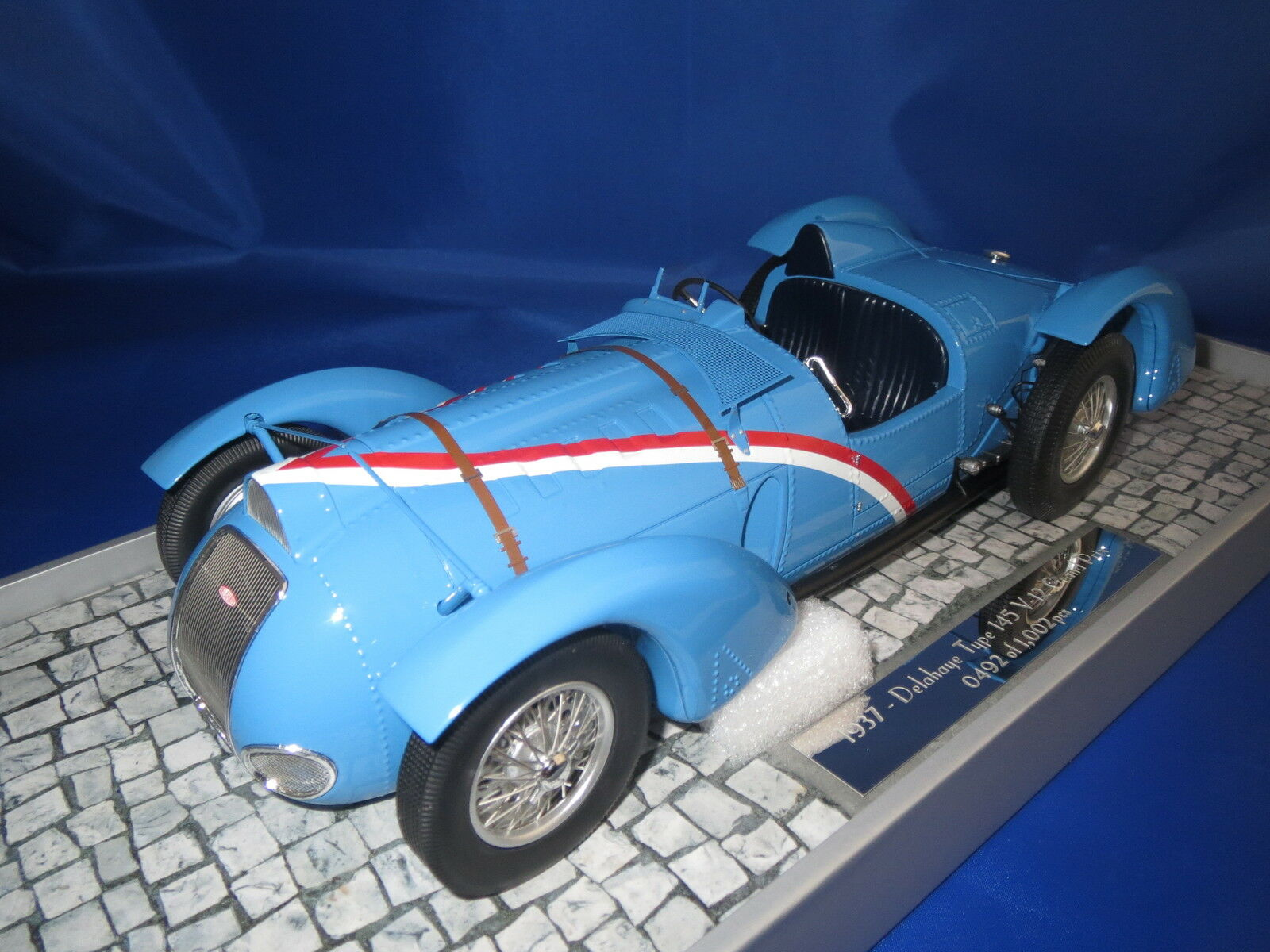Minichamps 1937 Delahaye type 145 v-12 grand prix berline 1002 pc (bleu) 1 18 OVP
