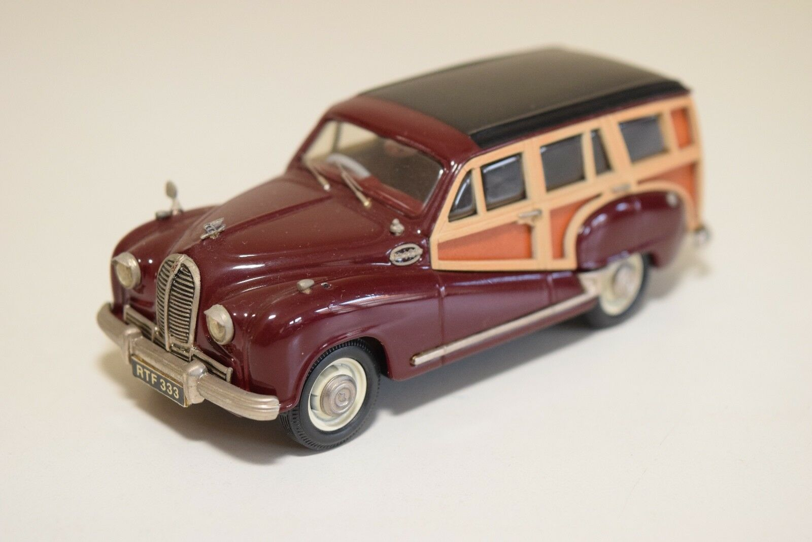 KENNA SPA CROFT AUSTIN HEREFORD COUNTRYMAN WOODY MAROON VN MINT CONDITION RARE