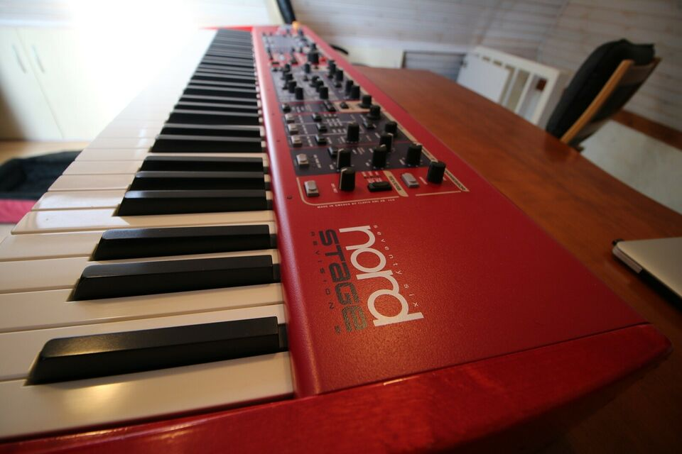 Stagepiano, Nord Stage Revision B 76