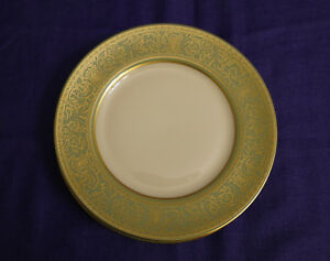 Franciscan-china-CROWN-RENAISSANCE-Green-Set-of-4-Bread-amp-Butter-Plates-6-25-034