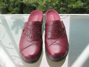 Clarks-Womens-Burgundy-Leather-Lightweight-Slip-On-Mules-Comfort-Shoes-size-7