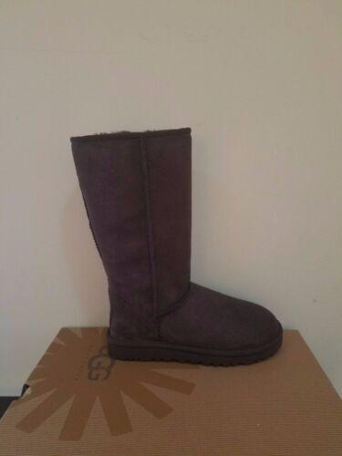Ugg Australia Damen Klassisch Hoch Stiefel Größe 7 Neu in Box