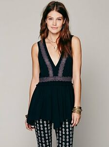 NWT-Intimatley-Free-People-Lace-Inset-Eyelet-Tunic-Vest-Top-Sz-S-Raw-Edge