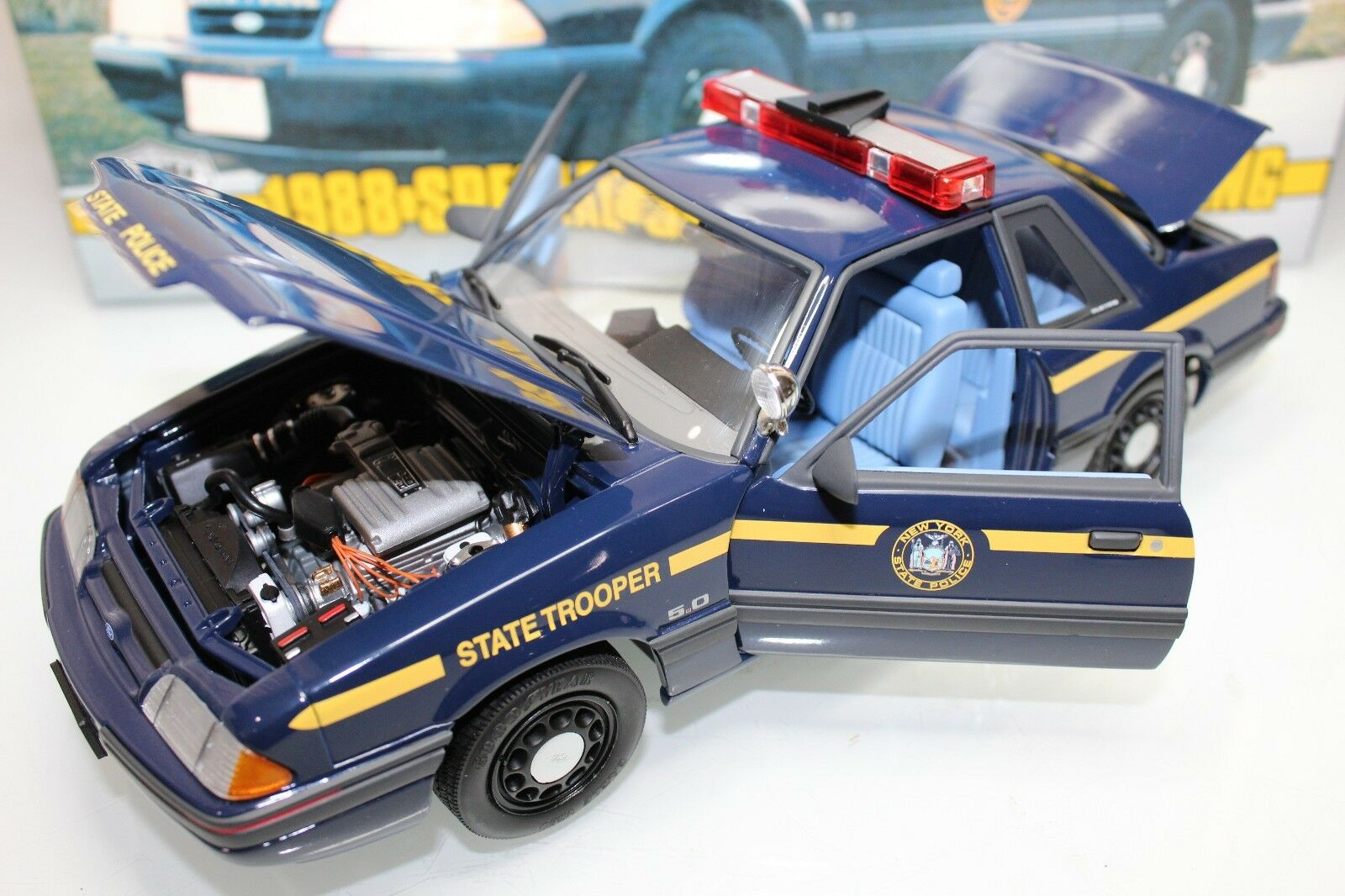GMP 1 18 échelle 1988 service spécial FORD MUSTANG New York State Police