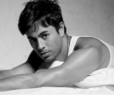 ENRIQUE IGLESIAS Poster CELEBRITIES//HOLLYWOOD MULTIPLE SIZES A