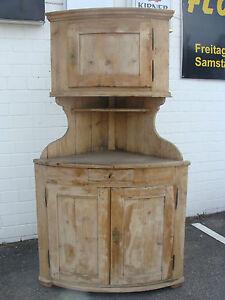 Biedermeier-Weichholz-Eckschrank-abgerundet-Tonnen-Eck-Schrank-ca-1830-RAR