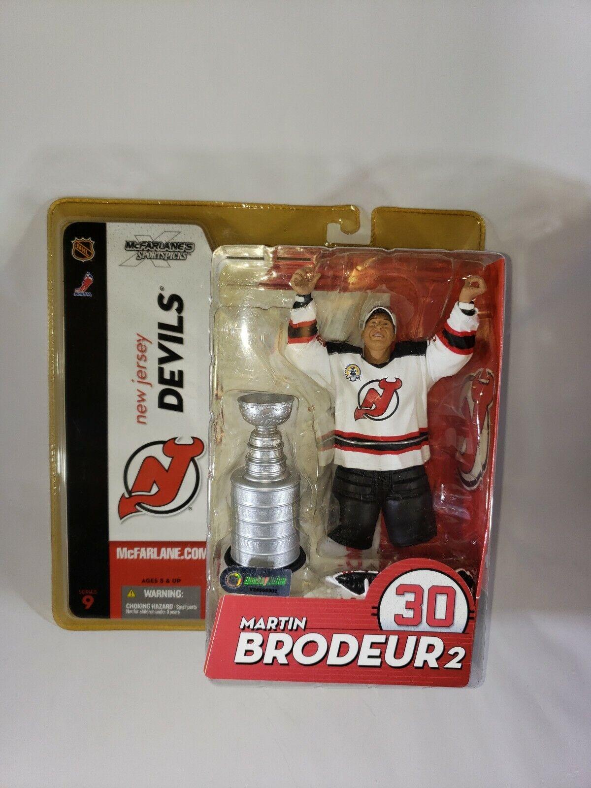 2004 McFarlane NHL Martin Brodeur 2 Action Figure