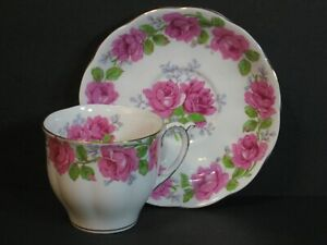 VTG Queen Anne Lady Alexander Rose Fine Bone China Tea Cup & Saucer England Mint