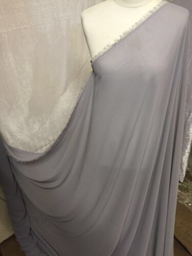 """1 MTR QUALITY SILVER GEROGETTEE CREPE BRIDAL CHIFFON FABRIC...58/"""" WIDE £2.50"""