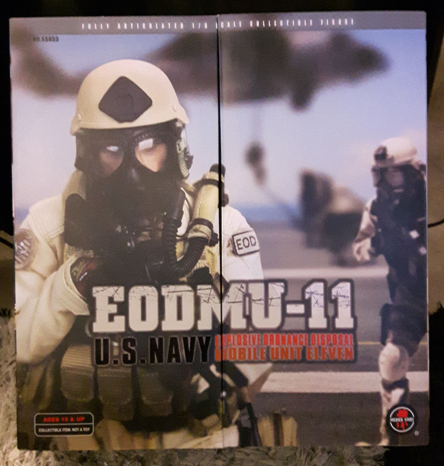 1 6 Scale Figure US Navy E0DMU-11 Explosive Oradance Disposal Mobile Unit 11
