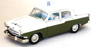 Pueblo-de-policia-1970-gaz-Volga-Volga-m-21-en-1-24