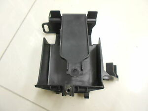 GENUINE-HONDA-SES125-DYLAN-SCOOTER-BATTERY-BOX-USED