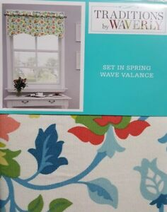 New Traditions By Waverly Set In Springwave Valance