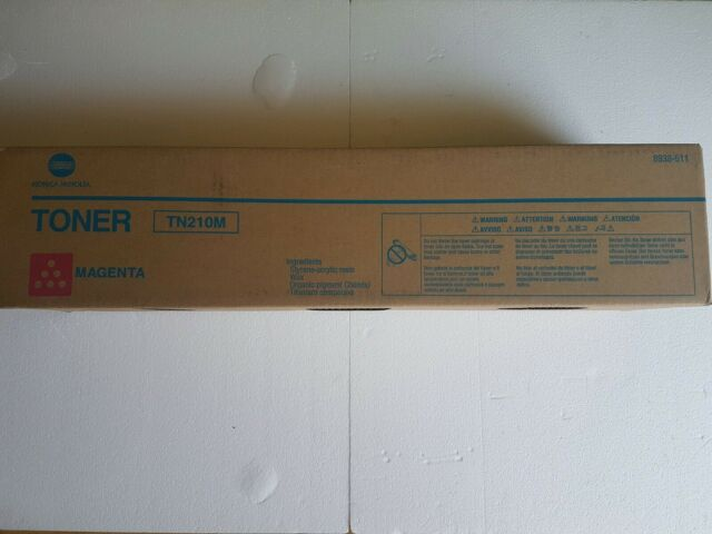 Genuine Konica Minolta MAGENTA TONER CARTRIDGE TN210M BIZHUB C250 C252 SERIES