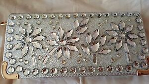 Silver-colour-Sparkly-Flower-Design-High-Quality-Purse