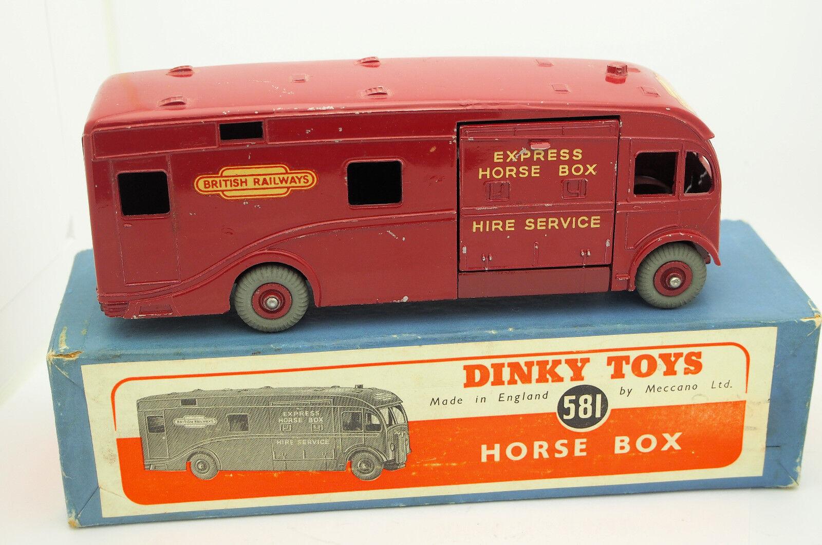1950's Dinky  581 Horse Box Truck Original Box